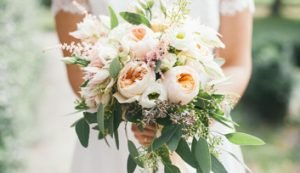 Bouquet del matrimonio: le tendenze primavera estate 2017